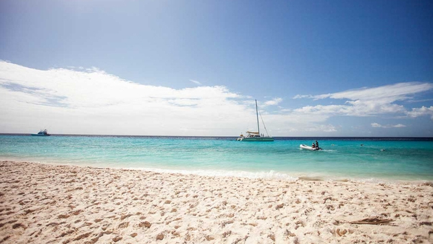 Curacao Beaach 630x355